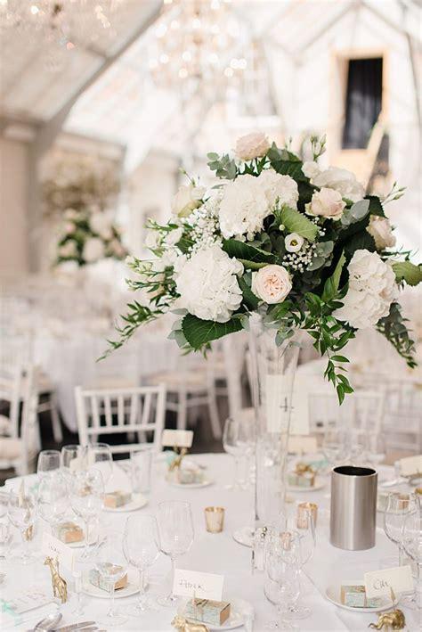 Vase Arrangements Wedding by 25 Best Ideas About Vase Centerpieces On