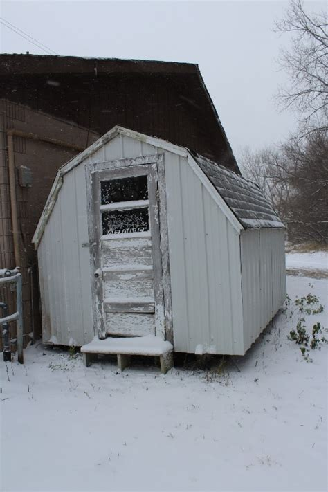 Shed At Glenwood by Storage Garden Shed Laundromat Liquidation Glenwood Mn K Bid