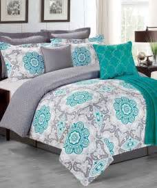 light turquoise comforter 25 best ideas about turquoise bedding on teal