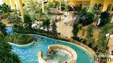 huttenheugte schwimmbad aqua mundo forum center parcs bespaart met vloeibare