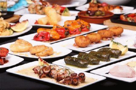 antipasti cucina greca carrellata di antipasti alla greca mezedes