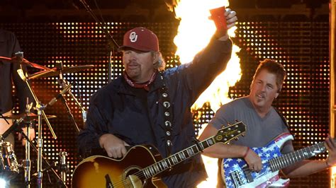 toby keith gospel songs toby keith announces summer tour rolling stone