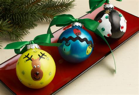 ho ho homemade ornaments decorate  tree  kids