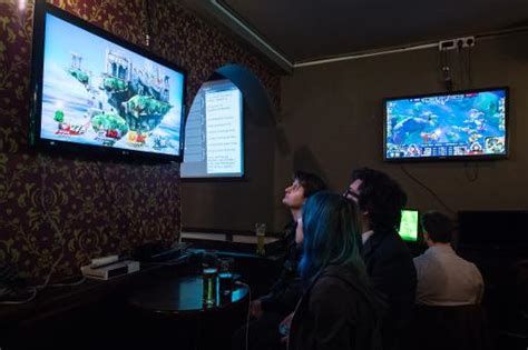 pub game 3 video games flow with the pints at london s e sport pub