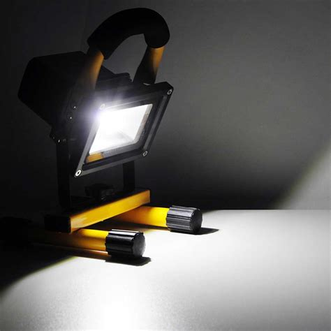 10w rechargeable flood light 10w portable cordless work light rechargeable led flood
