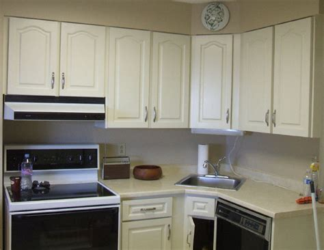 cleaning painted kitchen cabinets painting kitchen cabinets photo after clean state painting