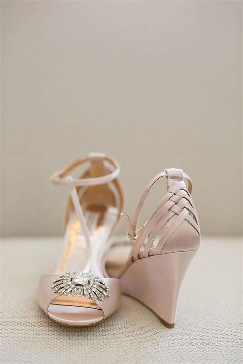 Lace Wedge Bridal Shoes by 25 Best Ideas About Bridal Wedges On Wedding