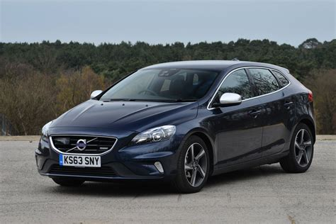 what is volvo v40 review autos post