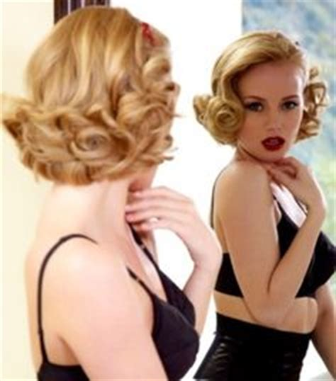 1950s updo hairstyles 1000 images about retro hairstyles on pinterest retro