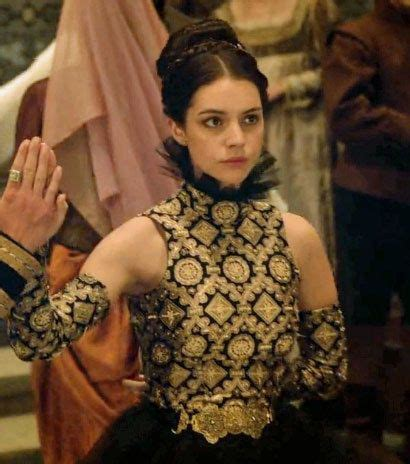 reign show hairstyles community post the top 30 dresses queen mary wore on the