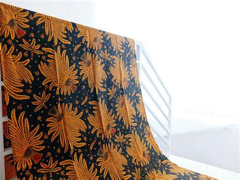 Kain Batik Ngawi Kain Batik Motif Bunga Dan Daun