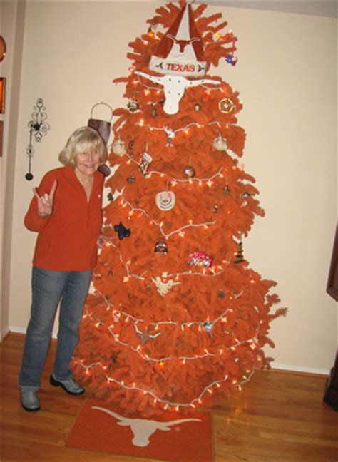 daily round up how about a burnt orange christmas tree