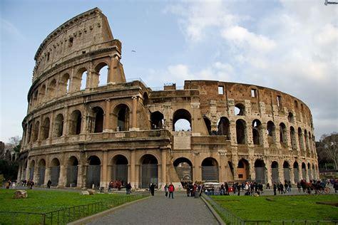 famous builders kolosseum