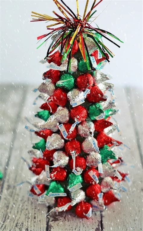 hershey kiss christmas crafts 15 hershey decorating tutorials