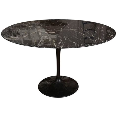 black vintage table l vintage black saarinen table at 1stdibs