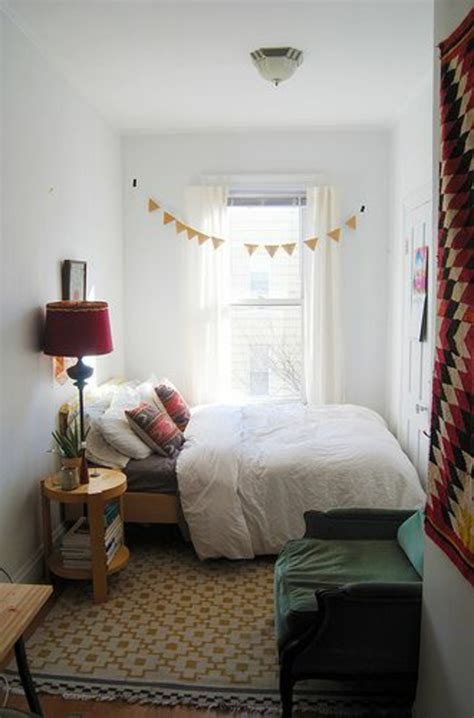 boxspring bett kleines zimmer kleines schlafzimmer einrichten 80 bilder