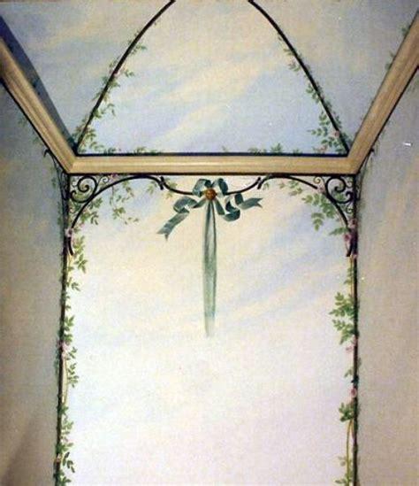decorazioni pareti bagno foto decorazione pittorica bagno pareti e soffitto di