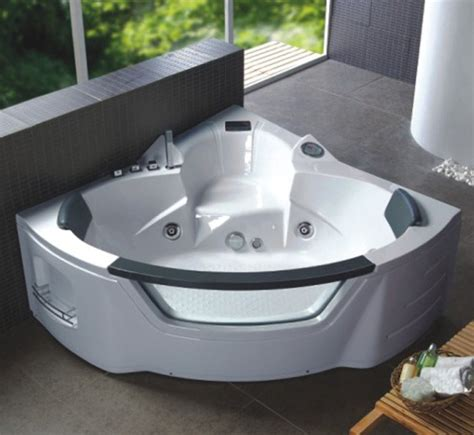 bagni con vasche idromassaggio vasca idromassaggio a 10 o 18 idrogetti per 2 persone pd