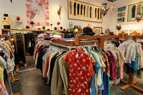 a guide to the best clothing stores in los angeles