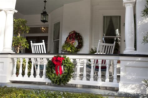 wonderful wrap around porch christmas decorating gallery