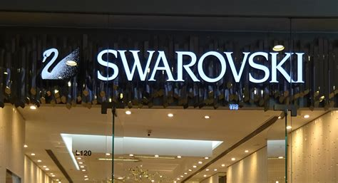 retail notes swarovski renovating  town center build