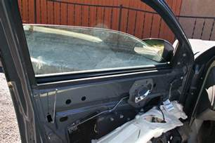 Squeaky Car Door by How To Fix Squeaky Power Windows In A Car It Still Runs