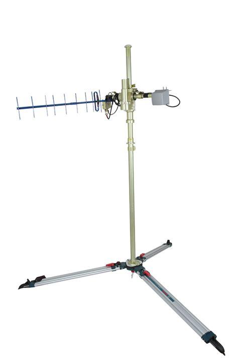 uavos releases auto tracking antenna  uavs avionics