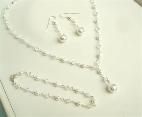 Handmade Wedding Jewellery - handmade pearl and clear bridal jewellery necklace