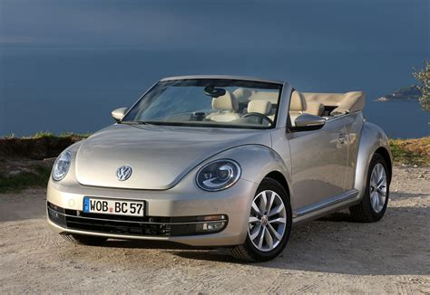 Volkswagen Cabrio Review by Volkswagen Beetle Cabriolet Review 2013 Parkers