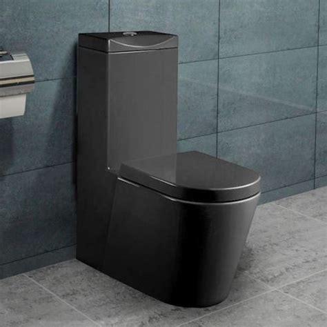 stand wc toilette mit integriertem spuelkasten schwarz mit