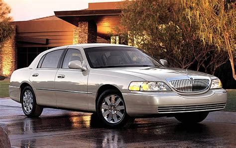 how cars work for dummies 2005 lincoln town car parking system used 2005 lincoln town car for sale pricing features edmunds