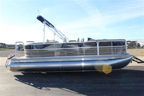 pontoon boat dealers in michigan berkshire pontoons 22 e cts boats for sale in michigan