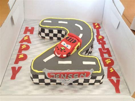 lighting mcqueen race track cars lightning mcqueen cake number 2 race track emirs