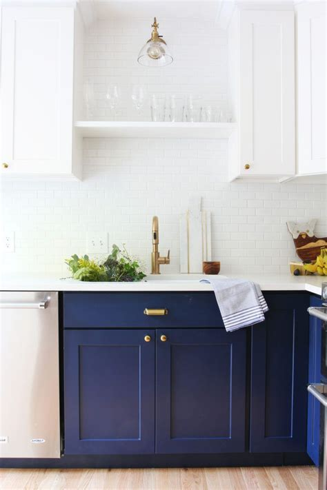25 best ideas about navy kitchen cabinets on colored kitchen cabinets navy