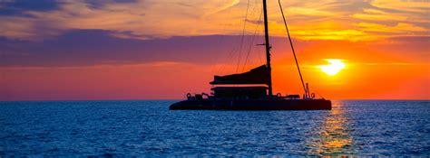 catamaran lunch cruise valencia flyboard experience