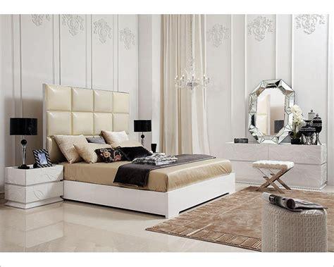 Bedroom Furniture Sets Without Bed Bedroom Set W High Headboard Modern Bed 44b201set
