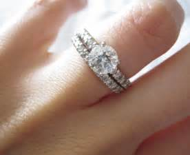 ring marriage finger how to wear a wedding ring set the right way