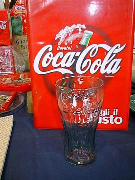 bicchieri coca cola bicchieri coca cola in rilievo robevecie