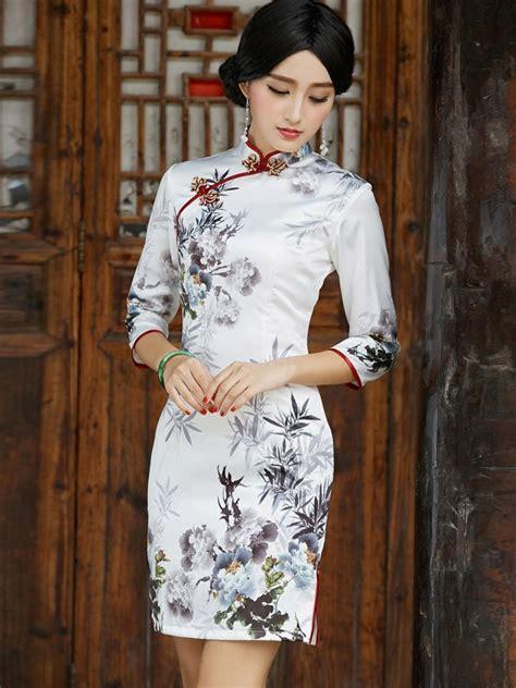 Sleeve Cheongsam half sleeve qipao cheongsam dress with print of