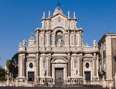 d italia catania provincia di catania ai piedi dell etna visit italy