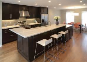 White Cabinets Quartz Countertops Dazzling Quartz Countertops White Cabinets To Enhance