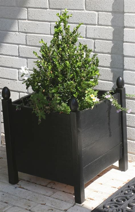White Square Planter Box by 1000 Ideas About Square Planters On Wood