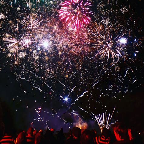 Bonfire In Lewes 17 best ideas about lewes fireworks on