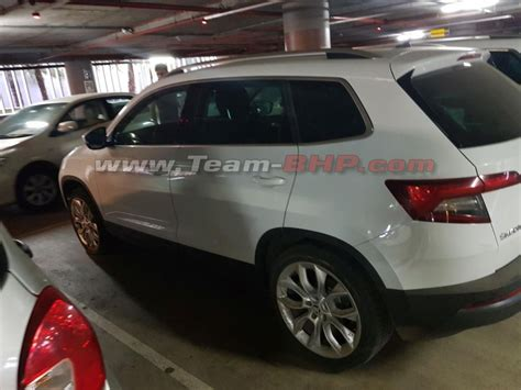 skoda karoq compact suv spotted in india for 1st time to