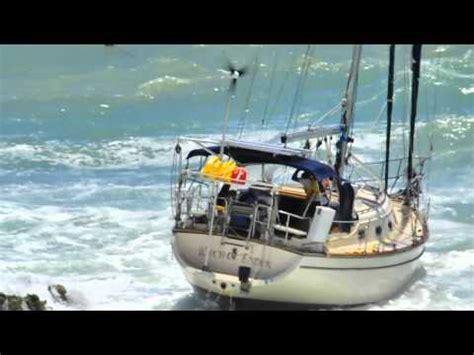 annapolis boat show cam between a rock and a hard place sailing boat crash doovi