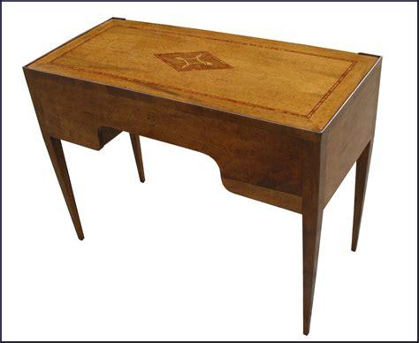 scrivania stile antico scrittoio in stile antico intarsiato la commode di