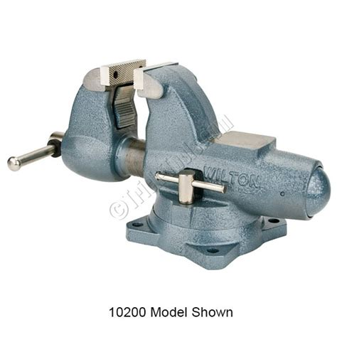 pipe bench vise c 1 wilton combination pipe and bench vise 4 1 2 inch