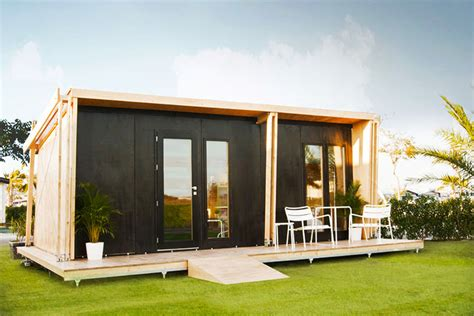 prefab small houses vivood a prefab tiny house powered by solar panels