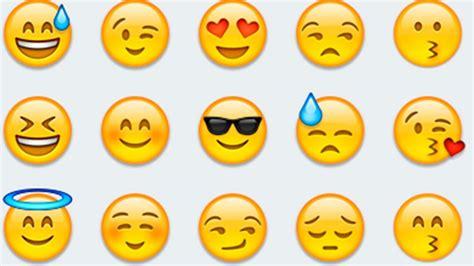 film emoji streaming m 233 gis mit jelent ez az emoji 24 hu