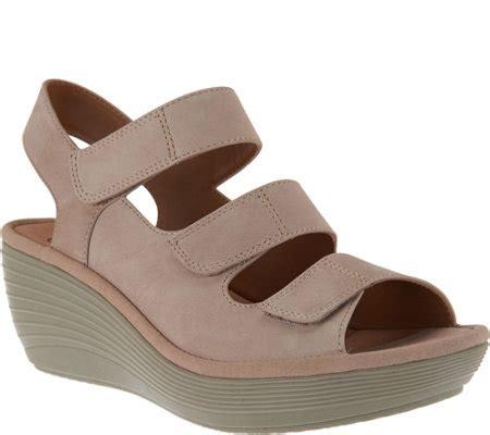 clarks wedge sandal clarks nubuck wedge sandals reedly juno